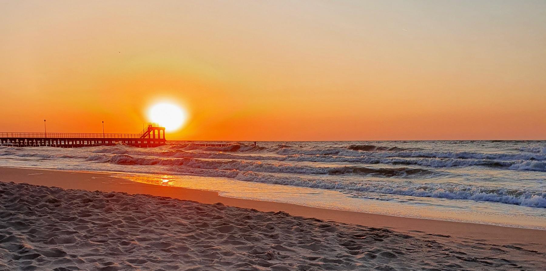 zachód słońca morze